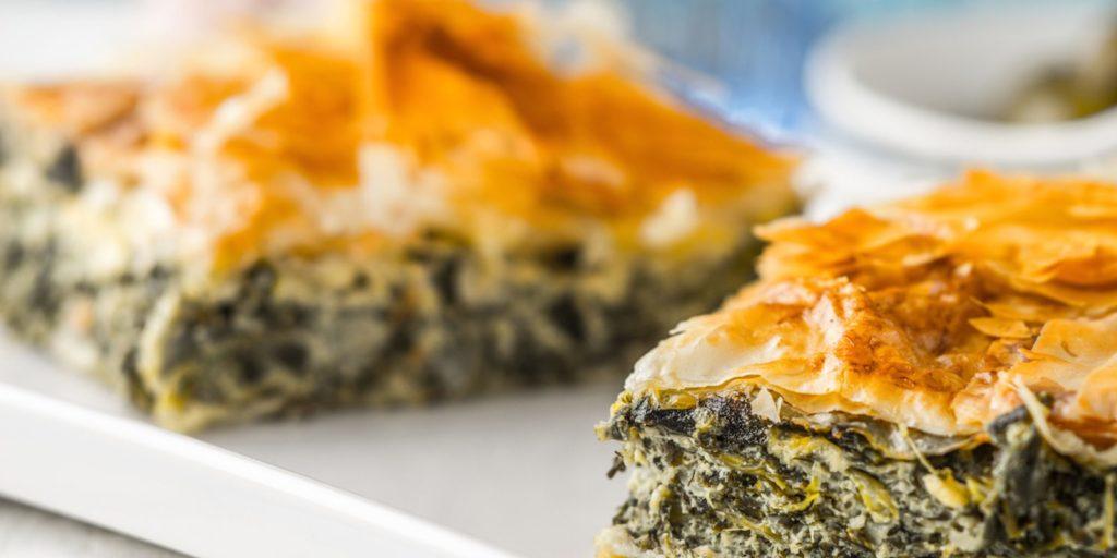Erbazzone è un piatto reggiano, una specialità che si annovera nella tradizione gastronomica emiliana, un piatto che troverete frequentemente a Reggio Emilia e provincia